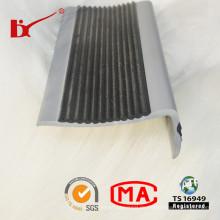 PVC-Einsatz-Treppen-Nasen-Streifen von der Fabrik