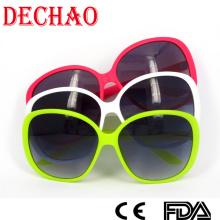 Venda quente 2014 Neon sol óculos gradiente lente PC para mulheres mais populares