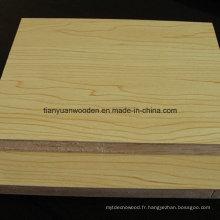 Panneaux de bois pour meubles