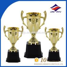 2017 Nouveau trophée en plastique petit trophée d'honneur