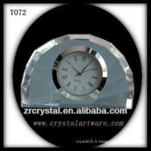 Magnifique horloge en cristal K9 T072
