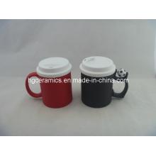 Taza del cambio del color con la tapa del silicio