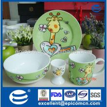 Cartoon 4pcs nettoyer la vaisselle en céramique pour enfants avec porte-oeufs