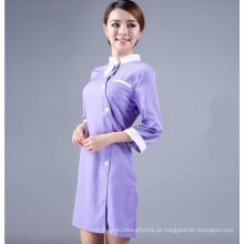Uniforme da enfermeira do novo estilo no hospital para mulheres