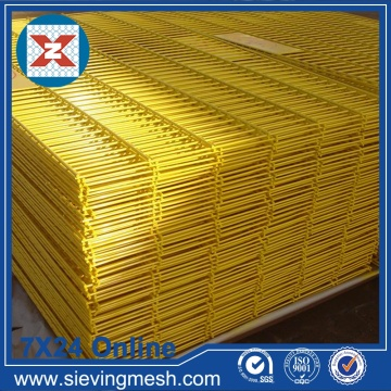 Yellow PVC Coated Welded Mesh Mesh