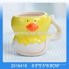Decorativo mousse de cerâmica copo com forma de galinha para atacado