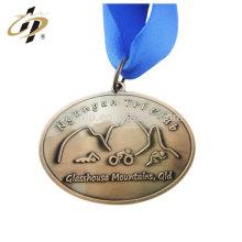 Wenzhou bon marché personnalisé antique cuivre foncé placage ellipse forme ronde émail dur métal médaille machine