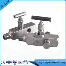 Multi port gauge valve