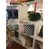 Decorative tassel cushion