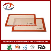 Tapis de cuisson en silicone robuste au four revêtu de fibre de verre