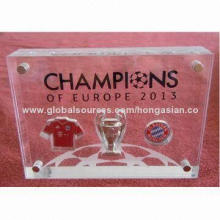 Acrylic Medal Award with Magnetic Function, Special Design in Football Game Awarding