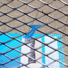 China amplió la malla metálica de la cerca del fabricante