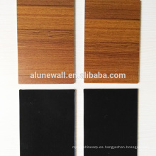 Revestimiento de la pared del panel compuesto de aluminio de la textura de madera para el material de la decoración