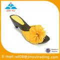 Sandale à chaussures à talons hauts à la mode