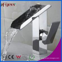 Fyeer Modern Chromed Waterfall Basin Sink Faucet (Q3028)