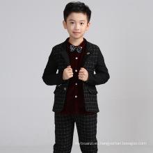Alta calidad 2color 4 unids set tie + chaleco + pantalones + camisa bebé niños traje de boda de invierno para niños niños