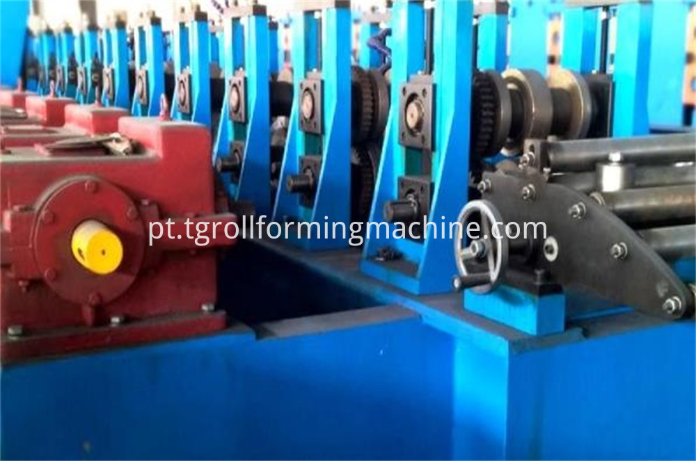 Elevator Lift Guiderail Roll Forming Machine