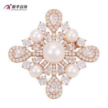 Xuping Fashion Luxury Gold-Plated Crystals From Swarovski Pearls Flower-Shaped Jewelry Element Brooch -00010