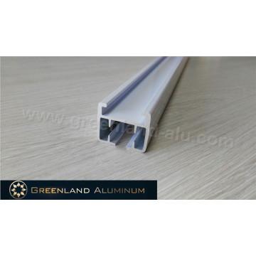 Perfil de aluminio para riel de cortina motorizado con recubrimiento en polvo blanco
