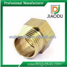 Latão forjado sem chumbo bsp fêmea ou macho rosqueado medidor de água de montagem para tubos