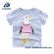 T-shirt bonito da cor sólida 100% do algodão dos miúdos