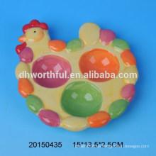 Porta-huevo de cerámica pintado a mano