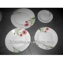 Platos de cena redondos populares de la porcelana 18pcs fijados