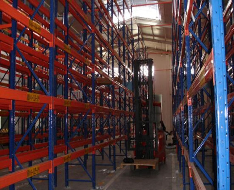 Double Deep Pallet Racking Ailse