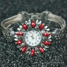 New Design Fashion Beautiful Fancy Alloy Montre bracelet pour femmes B005