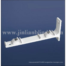 Double wall bracket of curtain