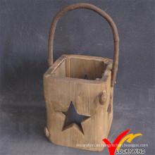 Hand geschnitzte Weihnachten Haus hängende Holz Laterne mit Stern