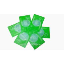 Pequeña bolsa de plástico de vacío con impresión de logotipo