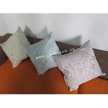Жаккардовая подушка