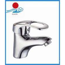 Mitigeur de lavabo à une poignée en laiton Robinet d'eau en laiton (ZR21702)