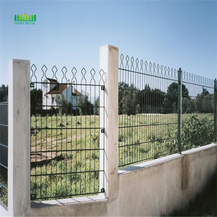 Pagar panel bersalut PVC Double Panel mendatar