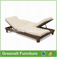Benchcraft ao ar livre Rattan Chaise Lounge, Double Wicker Sunlounger