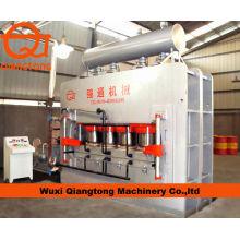 Wuxi Qiangtong YX2400T 7 * 9 ciclo corto que presiona la línea / la máquina de laminación de la melamina