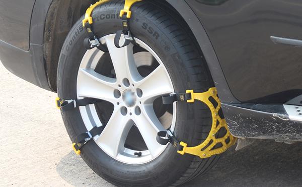 Tyre Chain Grip-2