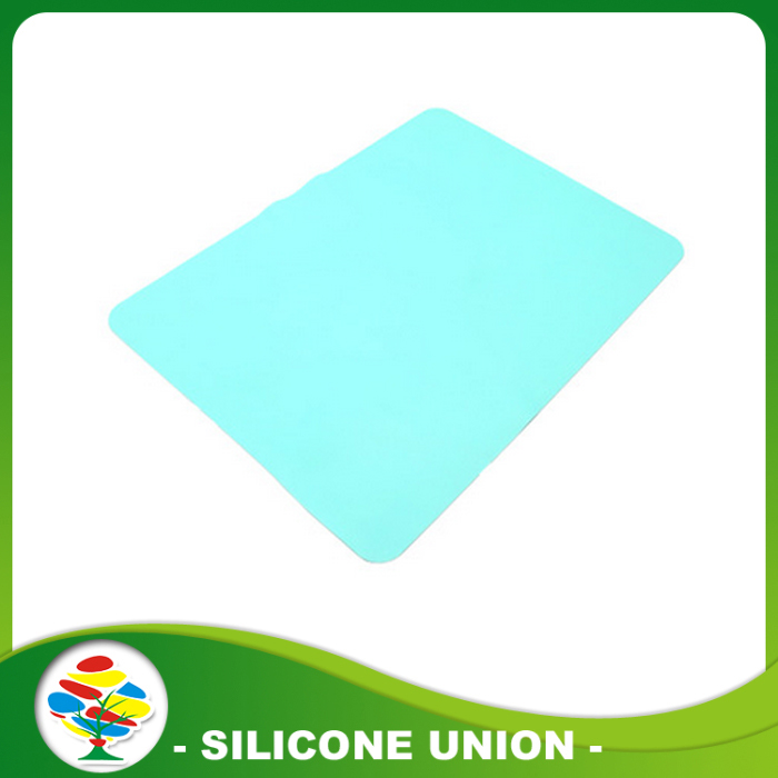 blue silicone baby placemat