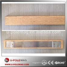 Porta-cuchillo magnético de madera con cubierta de madera de goma