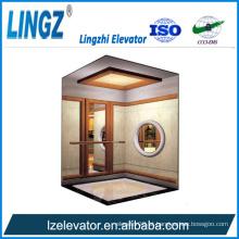 Villa elevador com decoração de madeira