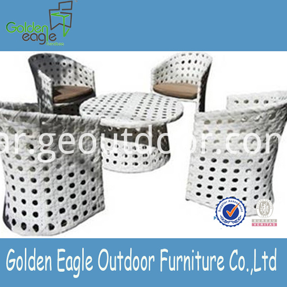 Garden Dining Furniture VIRO Wicker