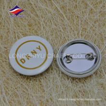 Types personnalisés en forme de cravate de sécurité en métal