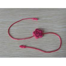 Розовые теги бумаги со строкой