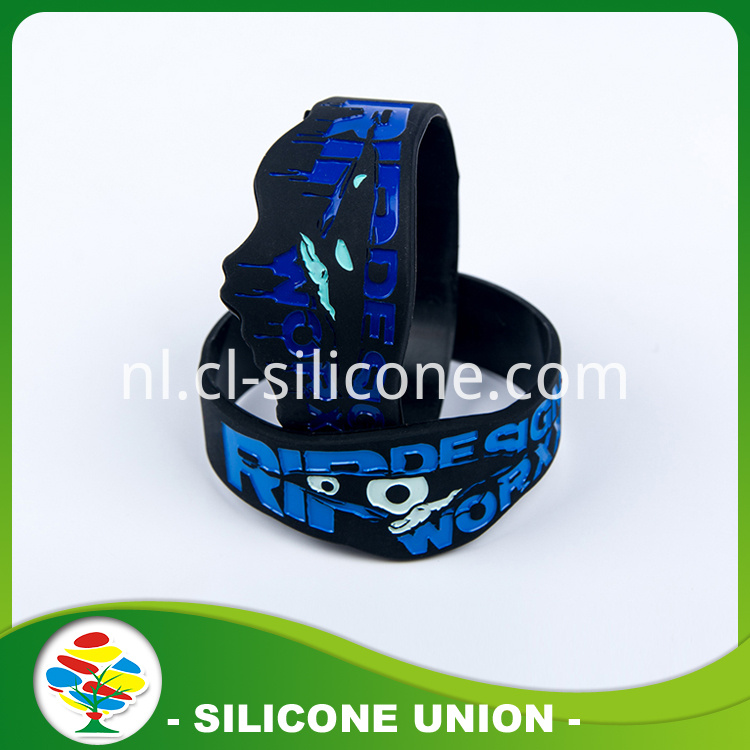 2016 Hot Selling Cheap Silicone Bracelet
