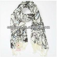 Изящный красивый акриловый печатный шарф