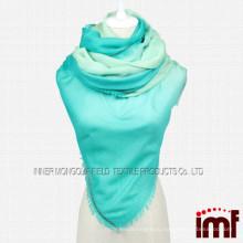 Два тона цвета зеленый Ombre кашемир шарф