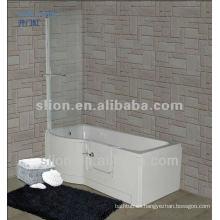 Paseo acrílico en la bañera para personas con discapacidad