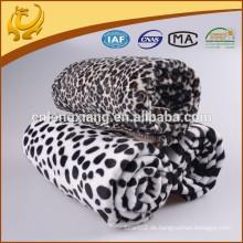 100% Acryl Classic Dot Jacquard Made in China Eigene Fabrik Winter Weiche Decke für Baby