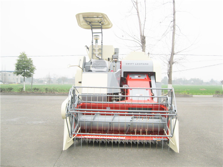 Agricultural Rice Combine Harvester